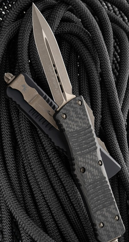 Microtech Combat Troodon D/E  Carbon Fiber Top Black Handle Bronzed Blade & Hardware