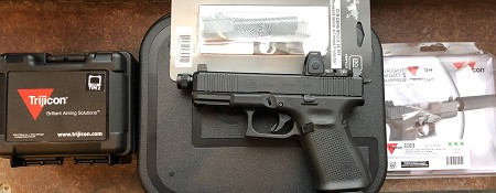 Glock GEN 5 19 MOS W/RM06 and Threaded Barrel