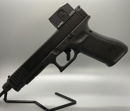 GLOCK 34 GEN 5 MOS Front Serrations, Threaded Barrel, Aimpoint ACRO P-1
